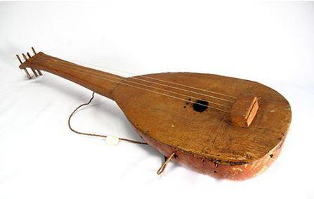 Alat Musik Tradisional Indonesia yang Dipetik