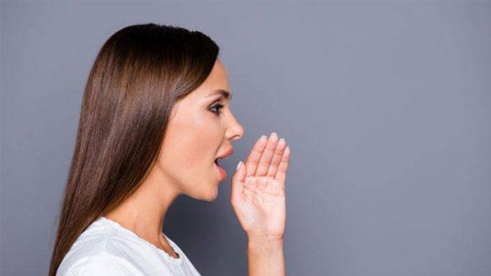Jengkel Dengan Masalah Bau Mulut Yang Sulit Dihilangkan? Ikutilah 4 Tips Alami