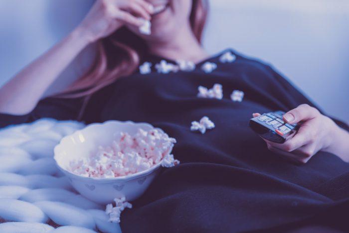 5 Film Romantis Indonesia Terbaik Sepanjang Masa