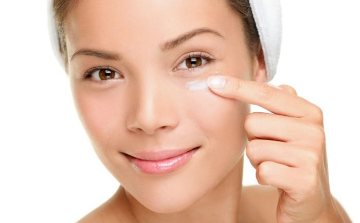 Cara Memilih Skincare Sesuai Jenis Kulit Untuk Wajah Berjerawat